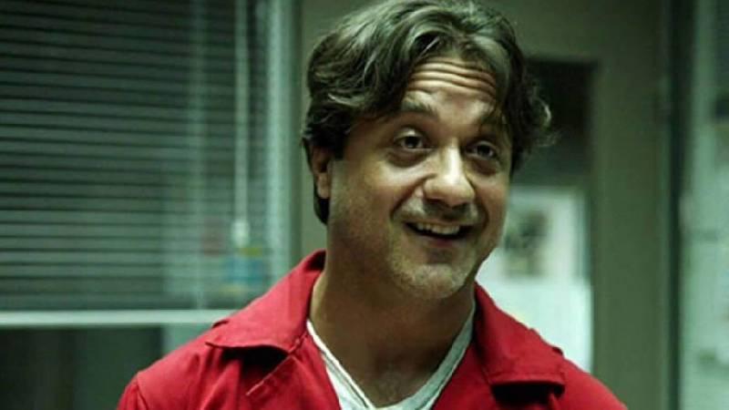 Arturo (Enrique Arce ) - La Casa de Papel
